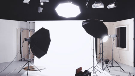 How to use strobe lighting in photography